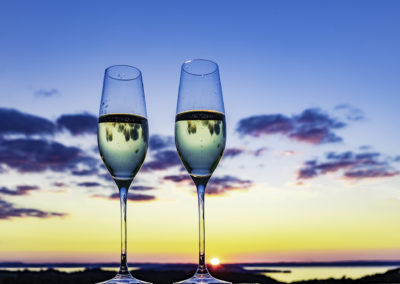 Two wine flutes overlook sunset 2U7A7371 web(1)